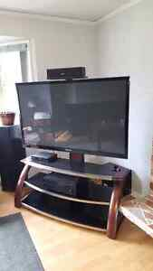 59 inch Samsung 3D plasma 1080p smart  tv and stand