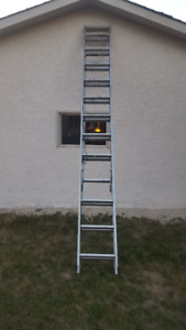 Extension Ladder - 24 Feet - Fully Functional But Dirty
