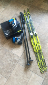 Fischer Cross Country Ski Set Child/Youth