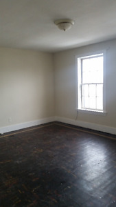 Walking Distance to Downtown