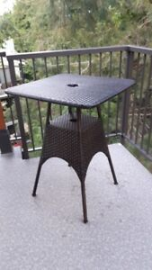 Stand-up Pub Table, Brown, Wicker Weave, Sturdy - VGC