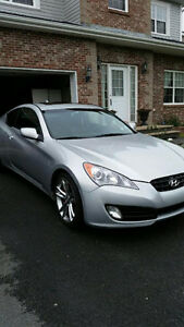 *Reduced* 2010 Hyundai Genesis Coupe Coupe (2 door) $16,000 obo
