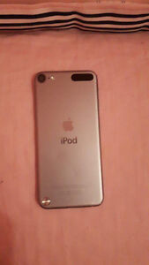 Silver iPod touch 5 16gb