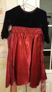 Dress Red and Black frilled arms size 7