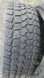 4 Winter tires with stud and rims
