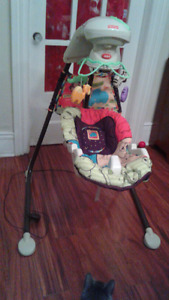 Fisher-Price Jungle Swing