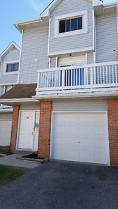 Townhouse for sale (111 Traynor Ave. #10 Kitchener)