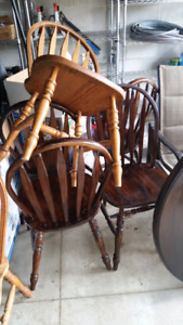 Garage sale**Antique table and chairs need gone asap