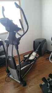 MUST SELL: NordicTrack AudioStrider 990 Elliptical trainer