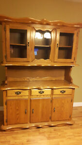 Soild Oak Buffet and Hutch