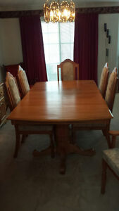 Oak dining table, buffet and hutch