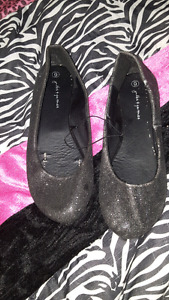 Size 6 shoes never worn