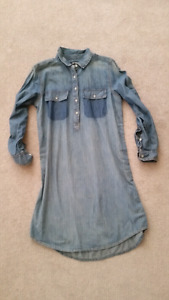 Ladies joe fresh denim dress new size medium