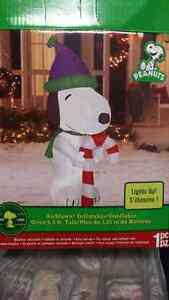 Inflatable Snoopy