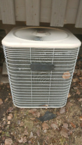 Lennox AC Central air conditioner