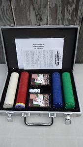 Cardinals Professional Texas Holdem Poker Chip Set $30