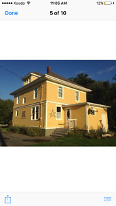 THE YELLOW HOUSE FOR RENT GRAHAMS ROAD