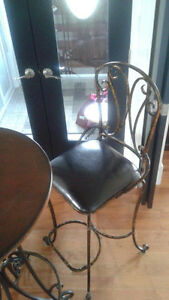 Three piece Bistro Set for sale St. John's Newfoundland image 2