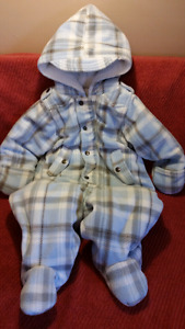 Beautiful Baby Boys FIRST IMPRESSIONS Pram Snowsuit Size 12mts