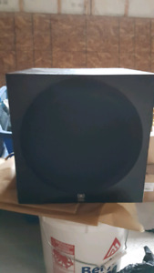 Complete 7.2 surround sound system with Yamaha sub woofer and So