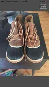Sorel winter boots. Brand new. Worn once
