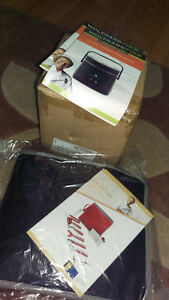 Brand New Portable Rice Cooker AND 12 Piece Garnishing Set