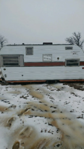 4 Old House Trailers for Scrap - Free