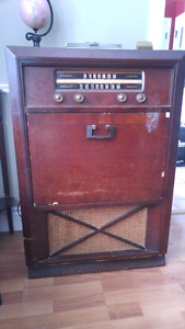 Old Radio with turntable $80