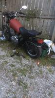 parts bike---84 yamaha 400--lost ownership RUNS