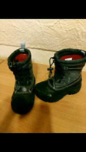 Toddler size 11 THE NORTH FACE WINTER BOOTS