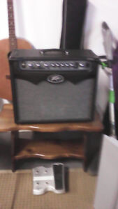 Peavey Vyper Modelling Amp with peddle