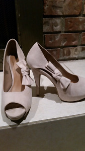 Women's shoes and xl clothing