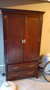 Armoire/TV cabinet