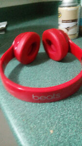 Red beats solo