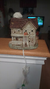 Light up ghost house light flashes brand new