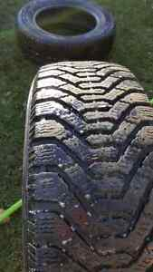 195/65/15 GOOD YEAR Winter tires 160$ Gatineau Ottawa / Gatineau Area image 2
