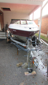 17' Maxum Bowrider with 120 HP Force Outboard Engine