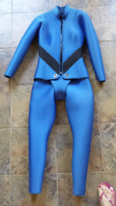 LADIES WETSUIT FOR SALE