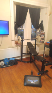 Weight bench for sale!