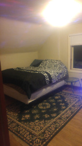 Master BedRoom For Rent in House