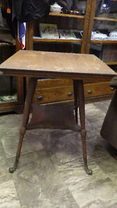 Antique Oak Parlor Table. Fancy Cast Iron Feet