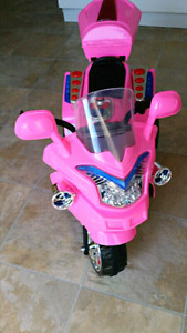 Electric pink brand new kids bike for sale
