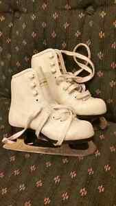 Size 10 girls figure skates