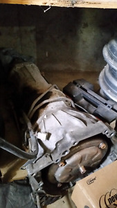 Mazda b2200 parts plus working automatic transmission