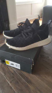 ADIDAS MENS NMD_R2  RUNNING SHOES  SIZE 10