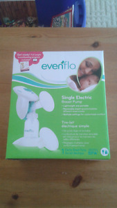 Ever Flo single electric breast pump.