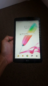 Cracked LG Pad 3 tablet
