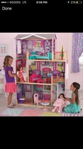 Looking for a Kidkraft doll house for 18 in doll Cambridge Kitchener Area image 1
