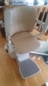 Chaise d'escalier Stannah 600 Stairlift