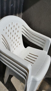 4 plastic chairs for sale
